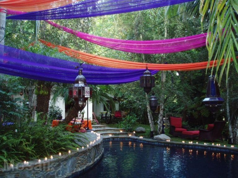 Moroccan garden party for Garden pool decoration